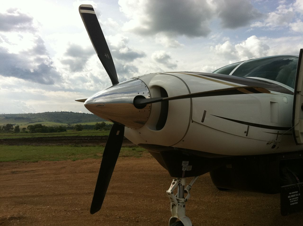 SafariLink Airplane