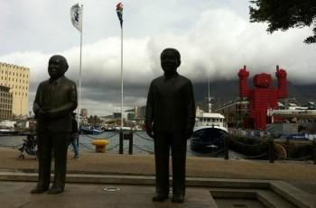 De Klerk & Mandela... and Elliott, the Coke crate giant